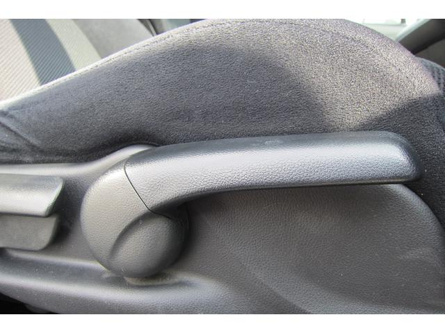 ホンダ ストリーム スタイルエディション保証付・HDDナビ・バックカメラ・禁煙車