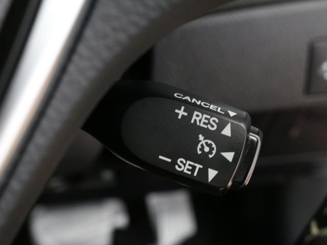 120T 禁煙車/トヨタセーフティセンス/9インチ純正ナビ/ブルートゥース/フルセグ/パドルシフト/ハーフレザーシート/シートヒーター/スマートキー/LEDヘッドライト/アダプティブクルーズコントロール/ETC(8枚目)