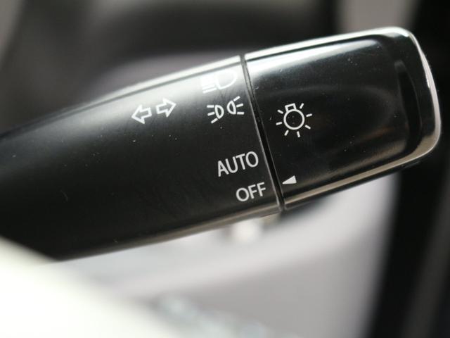 XS 禁煙車/メモリーナビ/地デジ/パワースライドドア/スマートキー/革ハンドル/アイドリングストップ/ETC/オートエアコン/ロールサンシェード/HIDヘッドライト/フォグランプ/純正エアロ&14アルミ(12枚目)