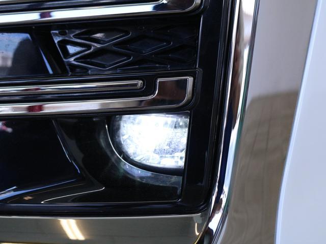 【LEDフォグランプ】視界が悪い状況下でもお車の足元を照らしてくれるので安心して運転していただけます!