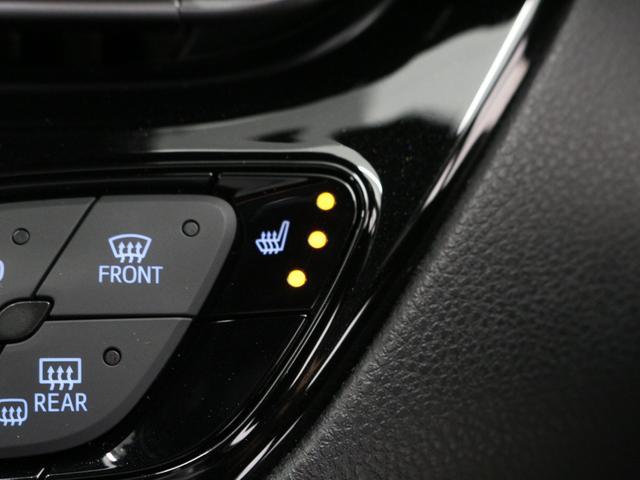 G トヨタセーフティセンス/禁煙車/9インチナビ/フルセグ/ブルートゥース/バックカメラ/アダプティブクルーズコントロール/革ハンドル/シートヒーター/ナノイーエアコン/LEDヘッドライト&フォグランプ(14枚目)