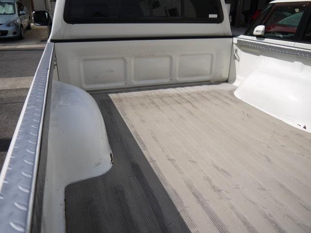 エクストラキャブワイド 4WD サンルーフ 22インチアルミ(13枚目)