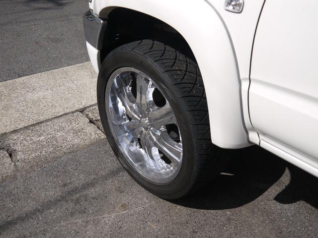 エクストラキャブワイド 4WD サンルーフ 22インチアルミ(14枚目)