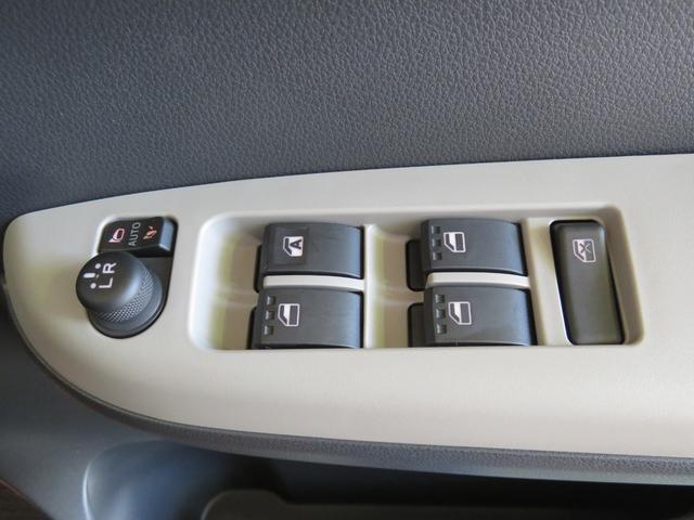 「ダイハツ」「ブーン」「コンパクトカー」「三重県」の中古車16