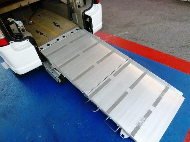 車椅子移動車 福祉車両 スローパー 電動ウインチ 1年保証付(5枚目)