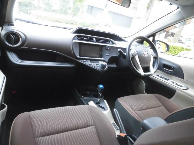 G 純正HDDナビ Bluetooth フルセグ ETC DVD再生 スマートキー スペアキー AUTOライト ステアリングスイッチ プッシュスタート バックカメラ LEDヘッドライト 純正フロアマット(42枚目)