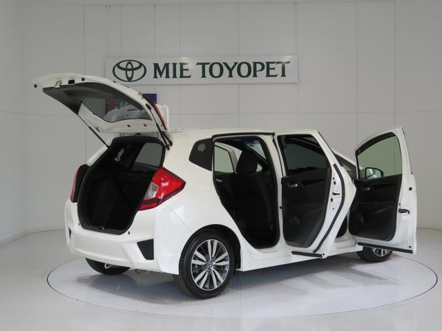 全国のTーバリュー車を含め豊富な在庫から、お客様の使い方にピッタリのお車をお探しいたします。