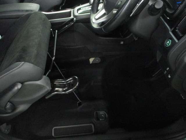 ホンダ シャトル ハイブリッドXスタイルエディション 3年保証 純正ナビ