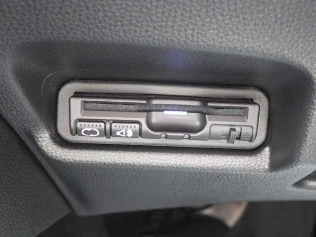 ホンダ フィット 13G・Fパッケージ 3年保証付 用品メモリーナビ ETC