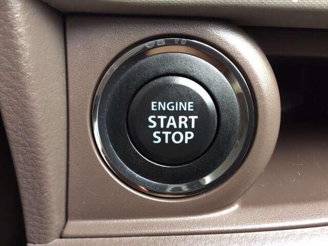 エンジンのプッシュスタートボタンが装備されています♪お探しの方は必見ですよ!!お気軽にお問い合わせ下さい♪お待ちしております!!!