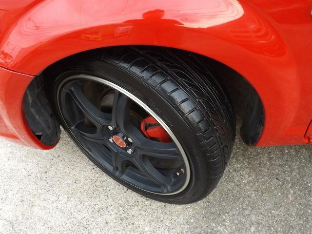 Sエディション 6MT・TRD製クイックシフト・シフト革巻直済・ETC・純正エンジンイグニッションプッシュスタート付・社外製HIDヘッド・レイズ製前後17インチAW・TEIN製車高調・社外製マフラー・(23枚目)