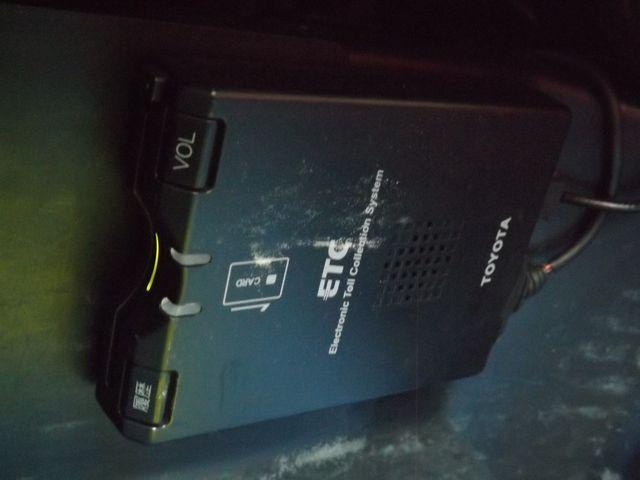 Sエディション 5MT・パイオニア製HDDサイバーナビ・日本精機製メーター・ETC車載器・イルージョン製エアロ・WORK製17AW・ブリッツ製車高調・柿本製マフラー・(17枚目)