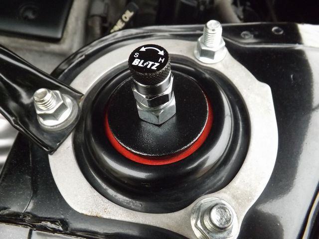 Sエディション 6MT・ETC車載器・HDDナビ・リアビュカメラ・BLITZ製車高調・A・TECH製F15R16インチ軽量アルミ・フジツボ製マフラー・(Pゲッター)(8枚目)