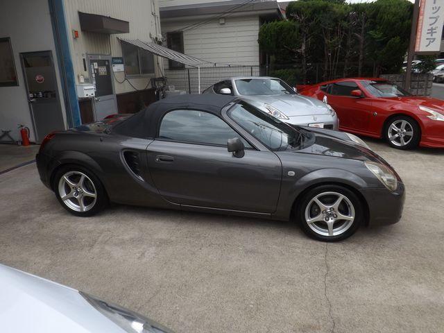 ベースグレード 6速マニュアル・純正ハードトップ付・ホーネット製セキュリティガード・TRD製エキゾーストマニホールド・TechnoProSpirit製チタンマフラー・WORK製アルミ・社外製スポーツサスペンション・(9枚目)