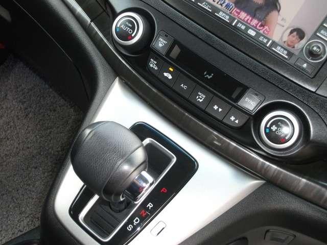 24G 4WD ナビ ETC スマートキー デュアルAC(12枚目)