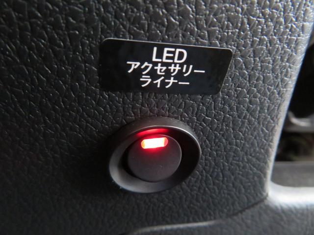 2.0STIスポーツアイサイト 9インチSDナビTV レザーシート STIエアロ アドバンスドセイフティーパッケージ ブラインドスポットモニター LEDアクセサリーライナー パワーシート(33枚目)