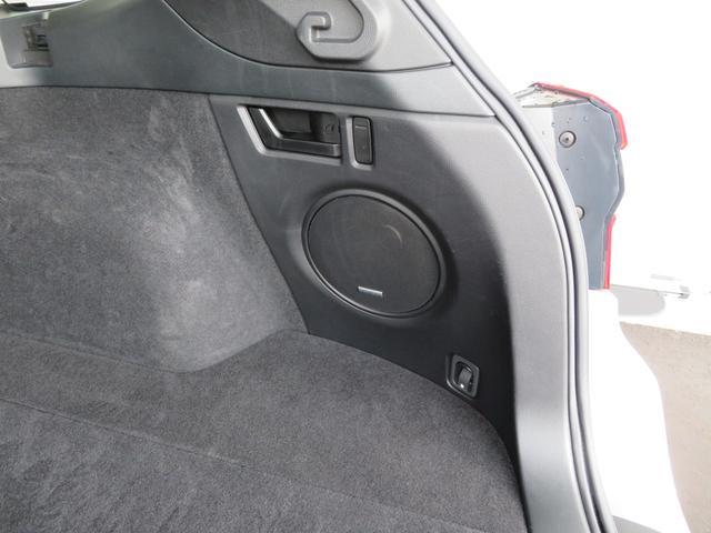 リミテッド 1オーナー 黒革シート ハーマンカードンSDナビTV バックカメラ パワーバックドア アイサイト オーバーフェンダー ハイビームアシスト スバルリヤビーグルディテクション パワーシート シートヒーター(52枚目)