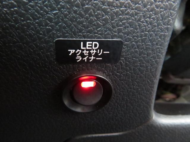 tS NBRチャレンジパッケージ 限定車 SDナビTV STIエアロ ドライカーボンリアスポイラー 18インチアルミ STI製レカロバケットシート アドバンスドセイフティパッケージ サイドカメラ バックカメラ(33枚目)