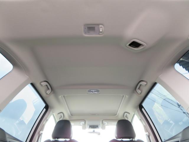 アドバンス 1オーナー サンルーフ 黒革シート ダイアトーン8インチナビTV サイド&バックカメラ STIエアロ ドライバーモニタリングシステム パワーバックドア ルーフレール LEDアクセサリーライナー(11枚目)