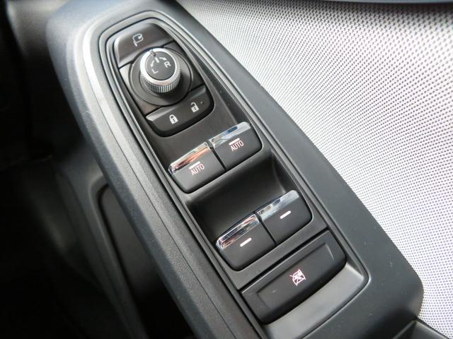 アドバンス 1オーナー 新品1インチリフトアップ 新品BFグッドリッチオールテレーンタイヤ 新品THULE製ルーフラック 8インチSDナビTV バック&サイドカメラ LEDアクセサリーライナー STIリヤスポ(42枚目)