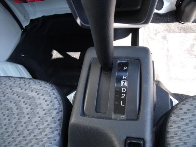 KC エアコン・パワステ 4WD AT(12枚目)