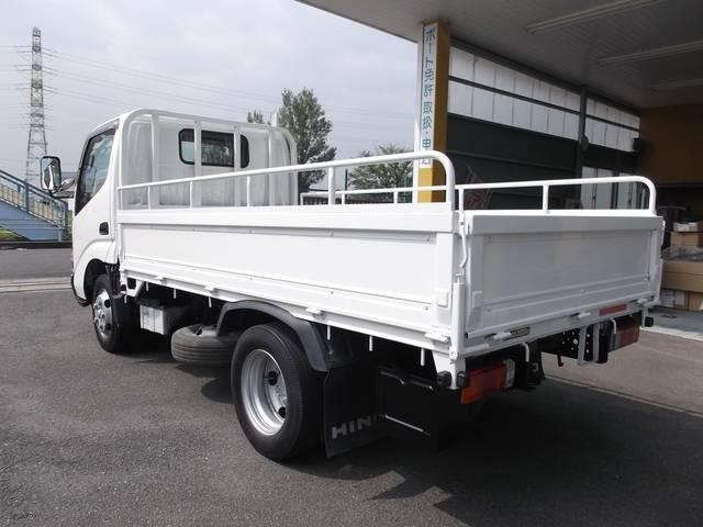 0066-9702-8419 自社民間車検工場完備!トラック等の大型車もお任せ下さい!熟練のスタッフが懇切丁寧に整備致します。