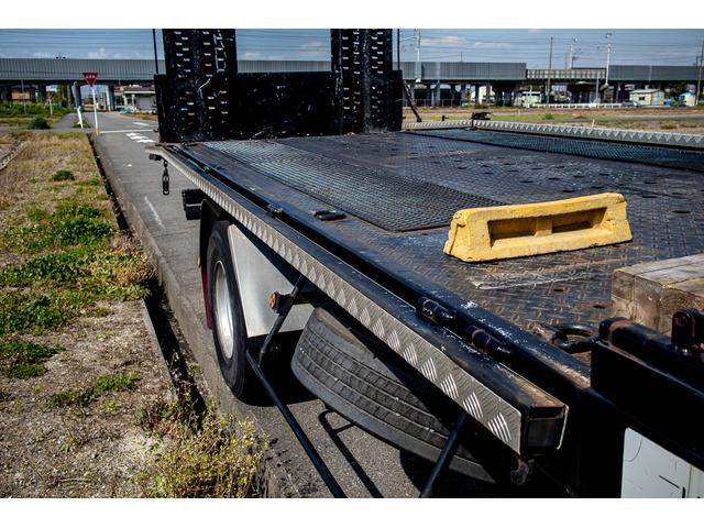 クレーン付き 積載車 極東フラトップ 開閉アオリ ラジコン 4段クレーン 差し違いアウトリガー ミラー型バックカメラ 6MT レッカー キャリアカー(10枚目)