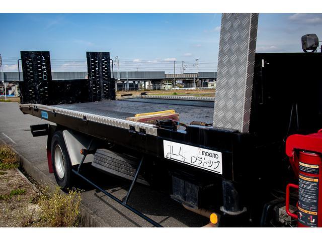 クレーン付き 積載車 極東フラトップ 開閉アオリ ラジコン 4段クレーン 差し違いアウトリガー ミラー型バックカメラ 6MT レッカー キャリアカー(57枚目)