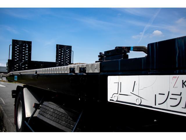 クレーン付き 積載車 極東フラトップ 開閉アオリ ラジコン 4段クレーン 差し違いアウトリガー ミラー型バックカメラ 6MT レッカー キャリアカー(58枚目)
