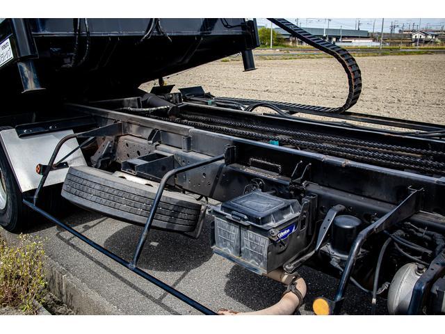 クレーン付き 積載車 極東フラトップ 開閉アオリ ラジコン 4段クレーン 差し違いアウトリガー ミラー型バックカメラ 6MT レッカー キャリアカー(63枚目)