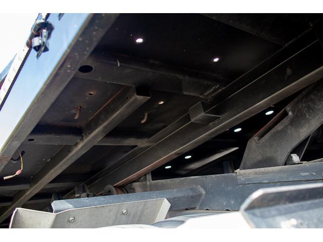 クレーン付き 積載車 極東フラトップ 開閉アオリ ラジコン 4段クレーン 差し違いアウトリガー ミラー型バックカメラ 6MT レッカー キャリアカー(67枚目)