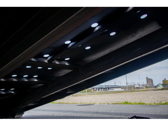 クレーン付き 積載車 極東フラトップ 開閉アオリ ラジコン 4段クレーン 差し違いアウトリガー ミラー型バックカメラ 6MT レッカー キャリアカー(70枚目)