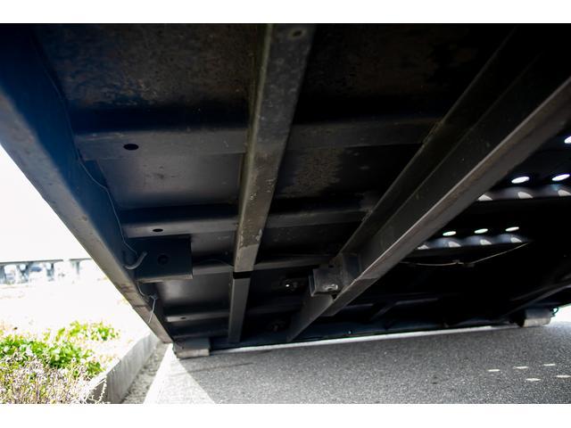 クレーン付き 積載車 極東フラトップ 開閉アオリ ラジコン 4段クレーン 差し違いアウトリガー ミラー型バックカメラ 6MT レッカー キャリアカー(71枚目)