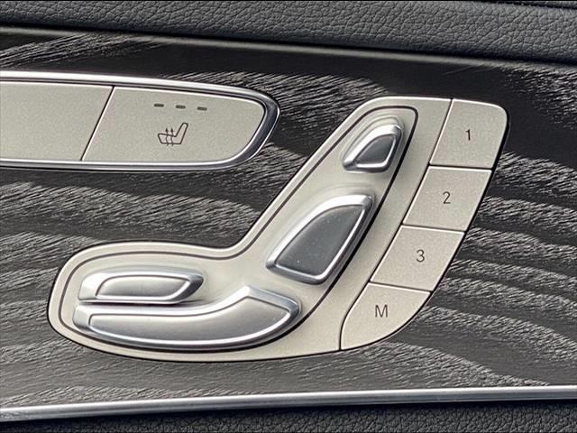 C200スポーツエディション(本革仕様) 左ハンドル限定車 サンルーフ 本革シート シートヒーター・メモリー レーダーセーフティPKG レーダークルーズ 純正HDDナビ フルセグ バックカメラ Bluetooth パワーバックドア LED(7枚目)