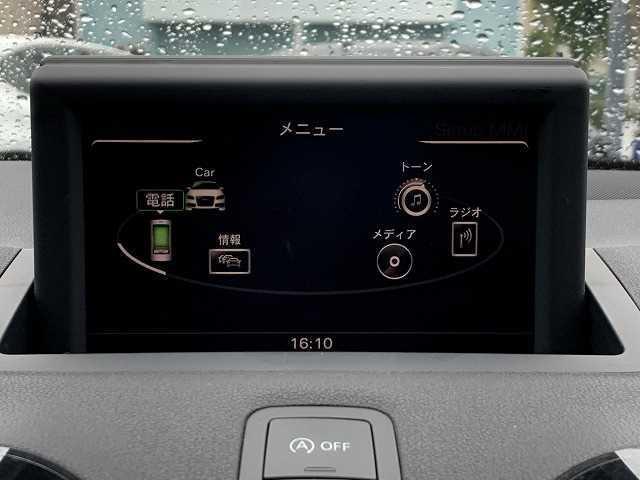 1.4TFSI Sラインパッケージ 専用ハーフレザーシート マルチメディアインターフェース  Bluetoothオーディオ HIDヘッドライト(4枚目)
