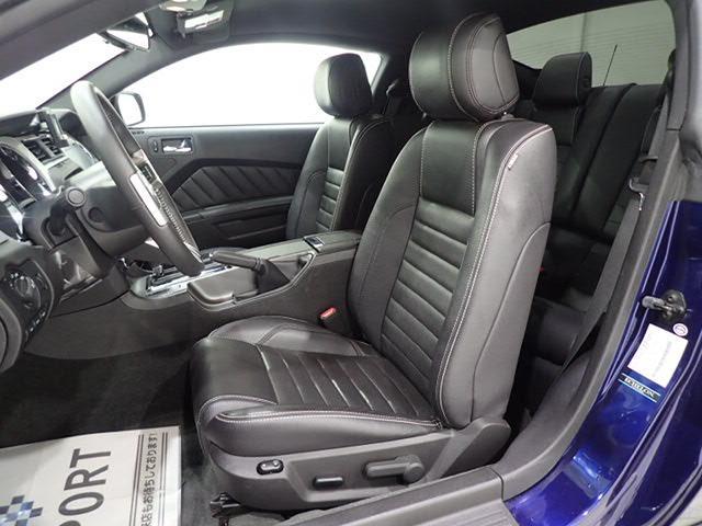 フォード フォード マスタング V8 GT プレミアム 正規D車 地デジHDD ワンオナー
