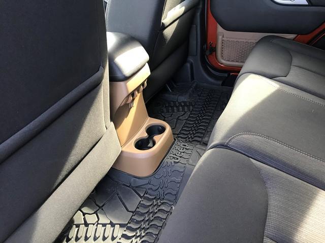 SPORT名古屋アメ車専門の専用ホームページはこちら http://sport-uscar.com/ 各ブログ等も随時更新していきますので、是非ご覧下さい☆