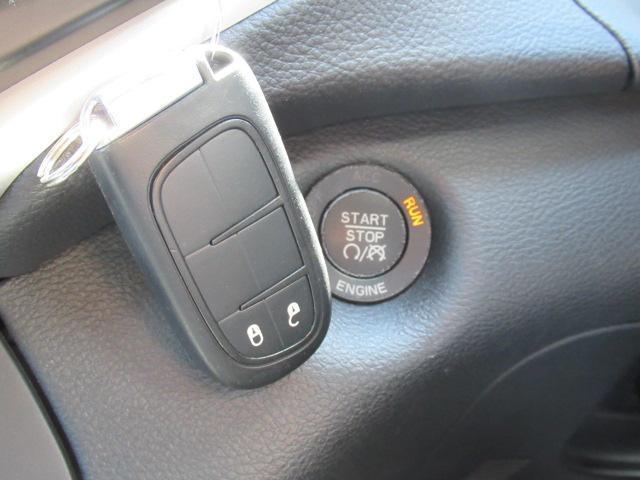 トレイルホーク 純正ナビ フルセグ ハーフ革 ETC 4WD(7枚目)
