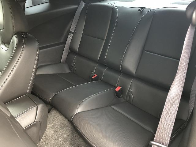 車内もキレイで嫌な臭いもありません。ご納車後の臭いが付きにくくなる「空気触媒コーティング」もご用意しております。愛車を大切に乗って頂く、お子様がいらっしゃるお客様にご好評いただいております。