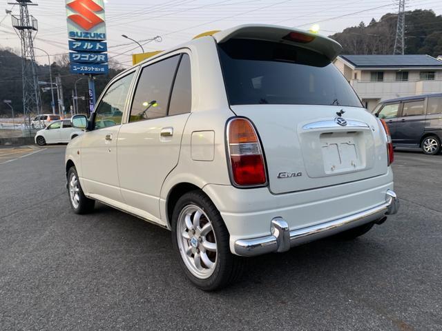 4WD 5速マニュアル車 アルミホイール ナビ DVD再生(9枚目)
