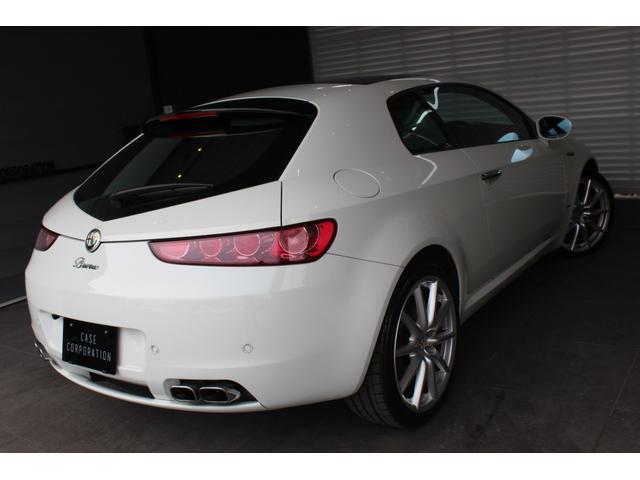 アルファロメオ アルファブレラ 3.2JTS Q4 QT ホワイトED 20台特別限定車
