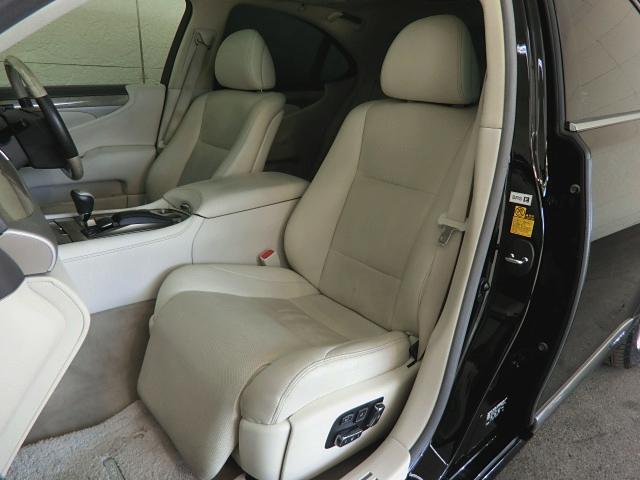 LS600h バージョンC Iパッケージ 4WD ナビ革SR(7枚目)