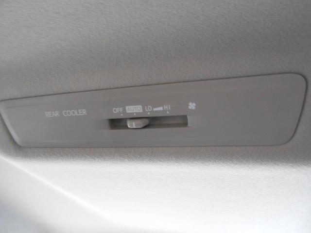 ハイブリッドX フルセグ メモリーナビ DVD再生 バックカメラ 衝突被害軽減システム ETC ドラレコ 電動スライドドア LEDヘッドランプ ウオークスルー 乗車定員7人 3列シート ワンオーナー(39枚目)