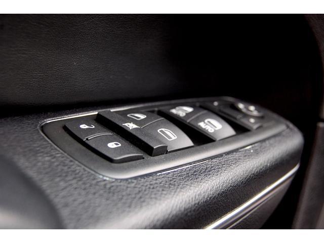 クライスラー クライスラー 300 LBエアロ LBエキゾースト 車高調 E&Gメッシュグリル