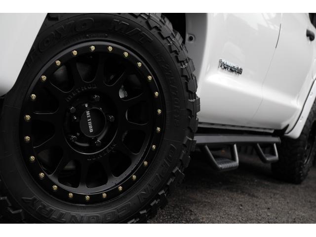 米国トヨタ タンドラ クルーマックスSR5 4WD METHOD18AW 自社輸入