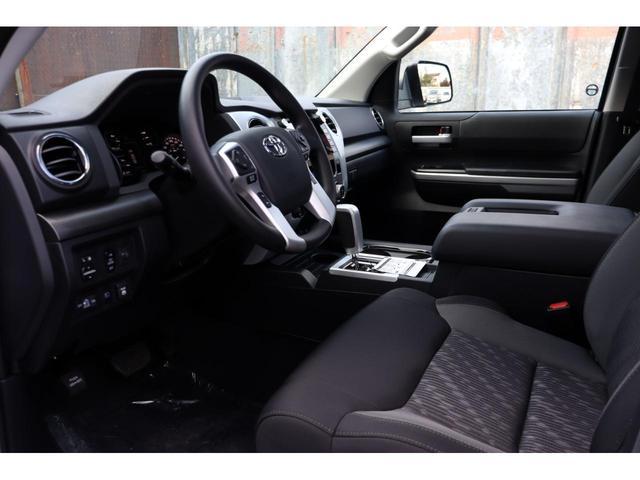 新車 2020年モデル 5.7LV8 4WD アップルカープレイ HONEY-Dカスタム(16枚目)