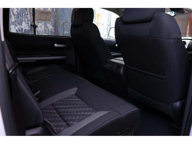 新車 2020年モデル 5.7LV8 4WD アップルカープレイ HONEY-Dカスタム(22枚目)
