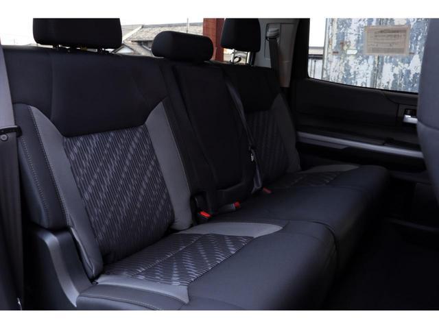新車 2020年モデル 5.7LV8 4WD アップルカープレイ HONEY-Dカスタム(24枚目)