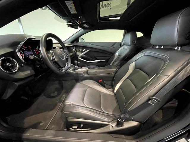 2LT 6速MT 前席シートヒーター シートクーラー 革シート デュアルゾーンオートエアコンディショナー 8インチカラータッチスクリーン BOSEサウンドシステム アップルカープレイ(19枚目)