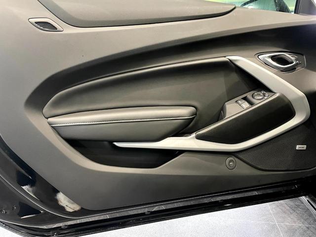 2LT 6速MT 前席シートヒーター シートクーラー 革シート デュアルゾーンオートエアコンディショナー 8インチカラータッチスクリーン BOSEサウンドシステム アップルカープレイ(21枚目)